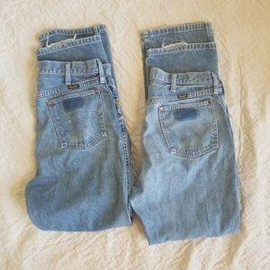 2 pairs of Wrangler straight leg Jean's
